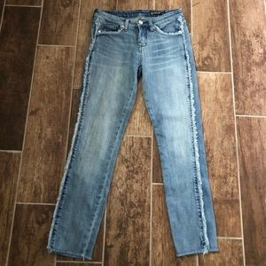 BLANK NYC Fray For Days Women's Jeans 26